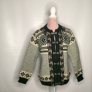 Dale of Norway traditional 100 % wool cardigan.